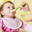 Чем кормить годовалого ребенка: составляем меню на каждый день