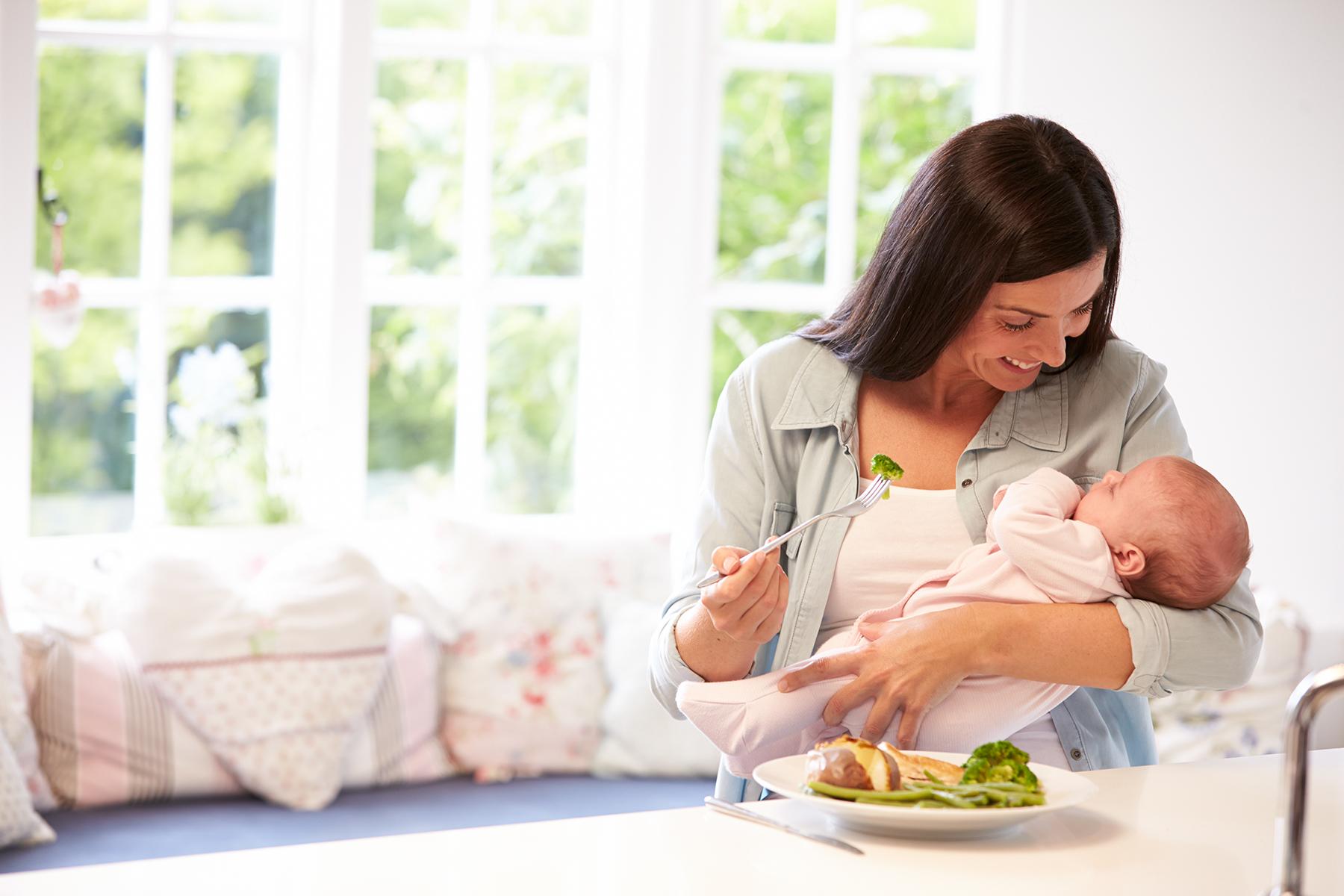 Питание мамы при коликах у ребенка